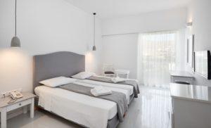 Tinos Beach hotel & bungalows 4* <br /> Τήνος
