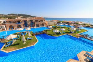 Παραδοθείτε στη µαγεία του απέραντου γαλάζιου…</br> Aldemar Olympian Village Family Beach Resort 5* deluxe