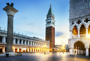 Βενετία: Ταξίδι στο παρελθόν με τις ανέσεις του μέλλοντος
