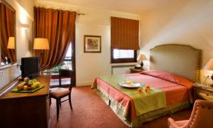 Πασχαλιά στην αγκαλιά του Παγασητικού<br /> Xenia Palace Portaria Hotel 4 *